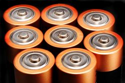 New light on cathode materials for next-generation batteries
