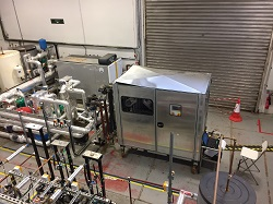 High-efficiency engine turns waste hot water into electricity