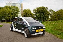 Lina: the world's first structural bio-based car